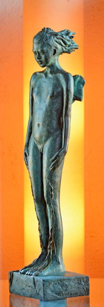 ninfa-bronce-52x13x12-cm